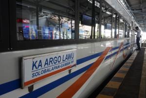 kereta Argo Lawu