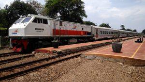 Kereta api Walahar Ekspres